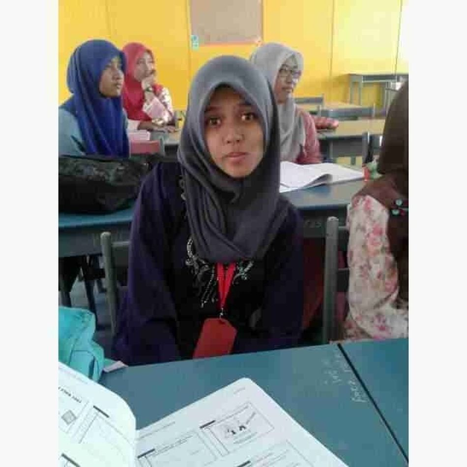Class for today . Pic from wanie owmey . Polipd Redlover Matriccard