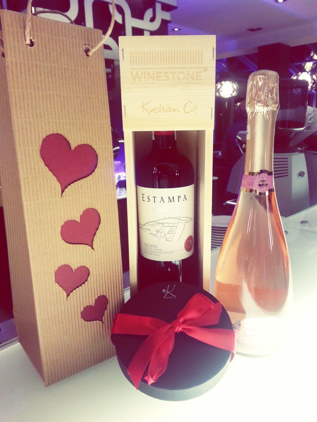 Walentynki Valentine's Day  Winestone Wineshop