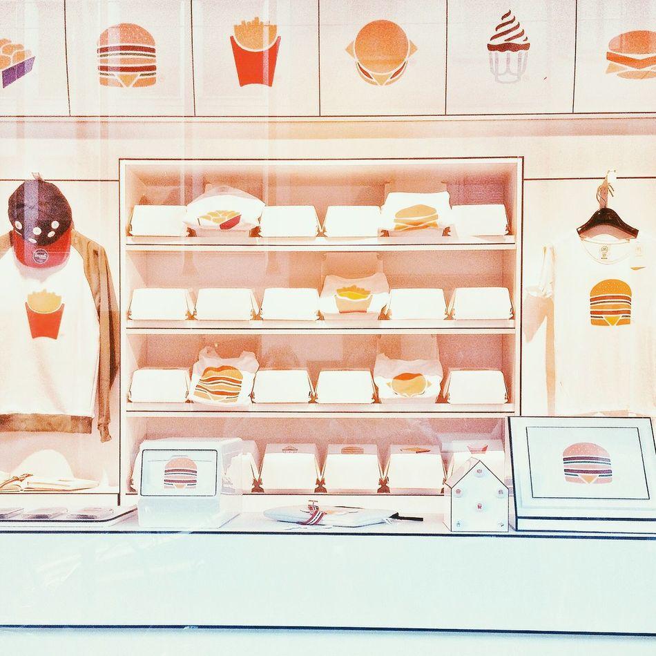 [ Fast Fashion ] McDonald's Fast Food Fashion Food Check This Out Milano Visual Merchandising Hungry Enjoying Life Menu