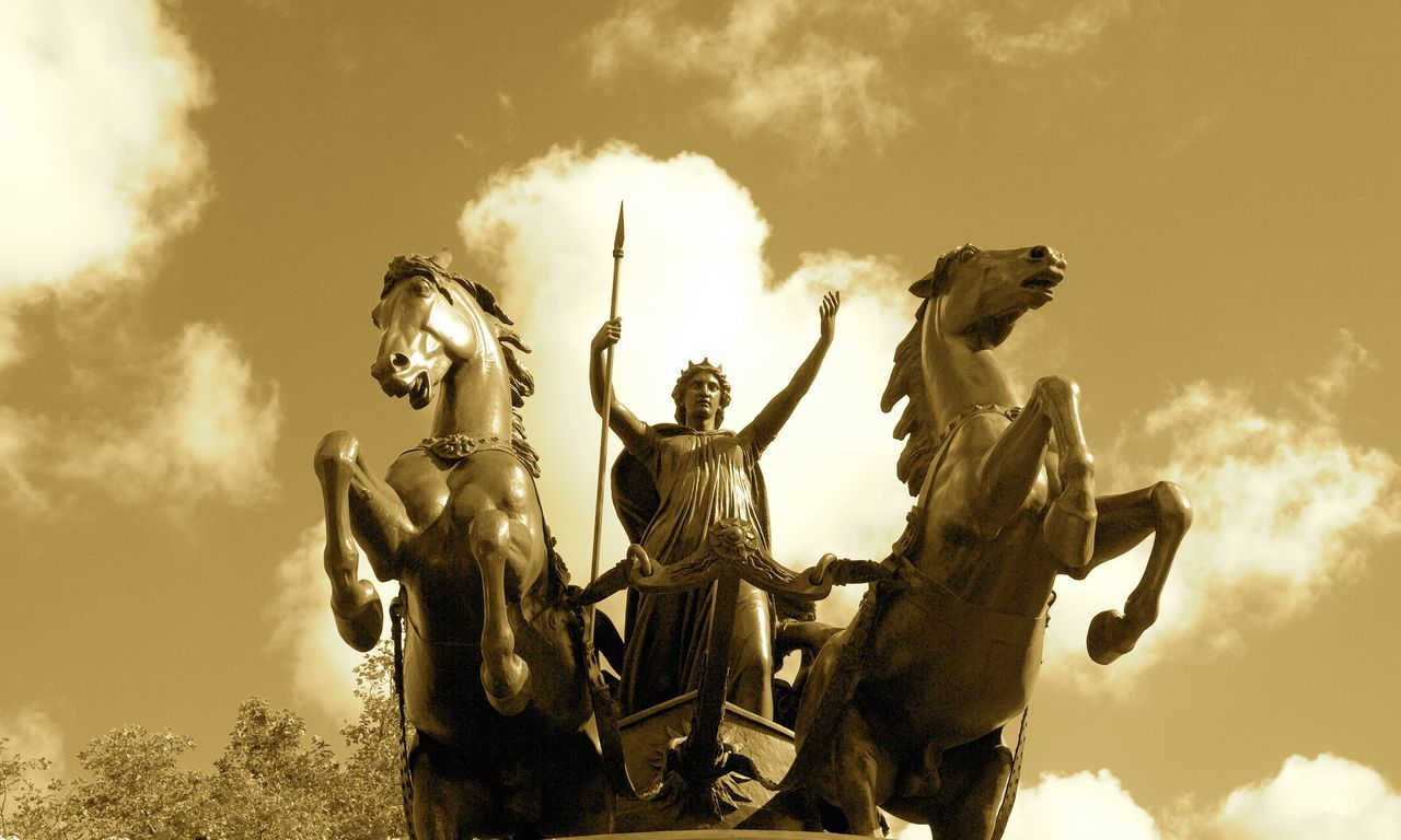 Boadicea Monument next to River Thames in Sepia Boadicea The Victorious Brittania City Of London Cloud Cloud - Sky Historical Monuments London London Tourism Low Angle View No People Outdoors River Thames Sepia_collection Sky Tranquility