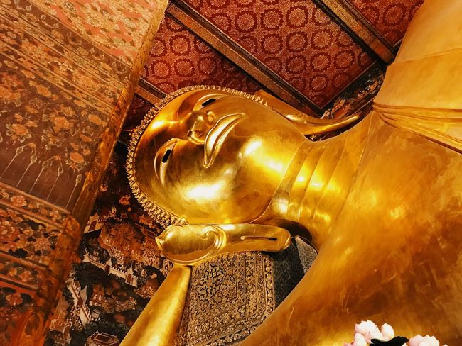 Statue Art And Craft Sculpture Human Representation Religion Spirituality Travel Destinations Travel Gold Colored Place Of Worship Low Angle View No People Indoors  Day