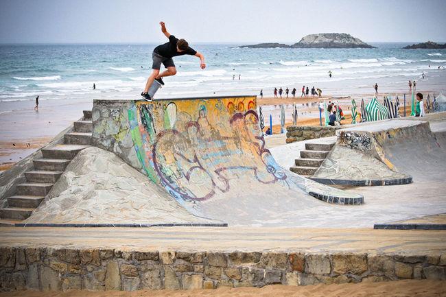Rekiem Skateboards Skateboarding