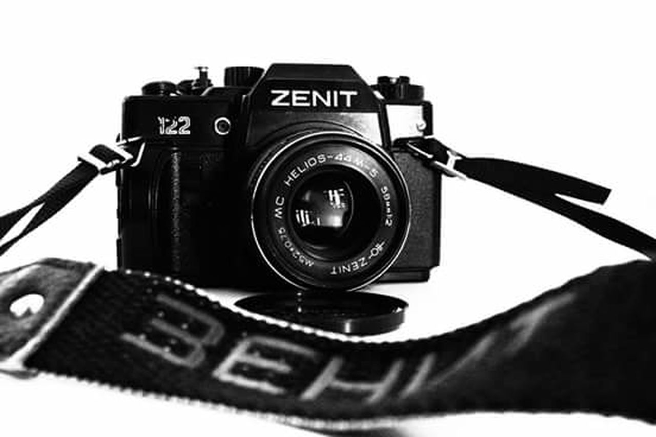 Popular Photos Blackandwhite Black & White Zenit Zenit122 Camera Photography Ussr фотоаппарат камера СССР зенит чернобелое зеркальная камера