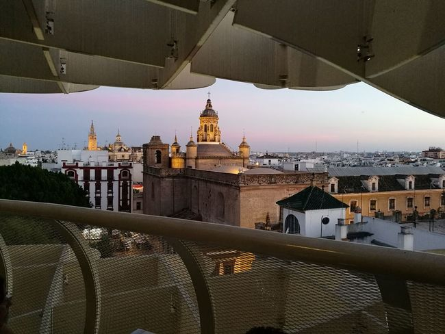 Architecture Travel Destinations City Cityscape Built Structure Building Exterior No People Outdoors Sevilla Siviglia Rooftop Catedral Giralda Tower