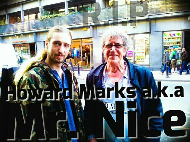 RIP Howard Marks. Mr. Nice legend. Picture taken on Oldham St, outside Drybar.. orr maaaate. Howard Marks Mr Nice Manchester Culture Crime Legendary OldhamStreet Drybar Cannabis Smuggling Cool When BigTown met Nice.