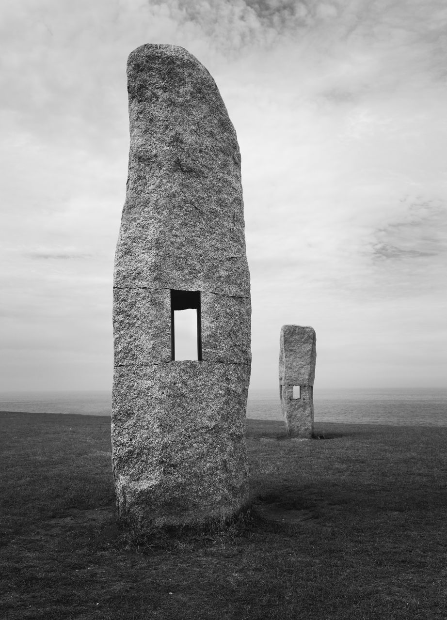 history, the past, ancient, memorial, day, sky, built structure, no people, ancient civilization, old ruin, field, monument, nature, outdoors, travel destinations, architecture, grass, landscape, sea