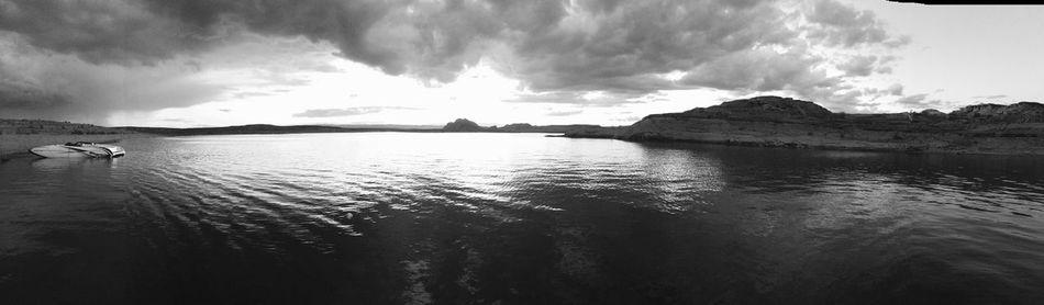 Lake Powell Boat Water Sunset Blackandwhite Sand Beach Panaramic