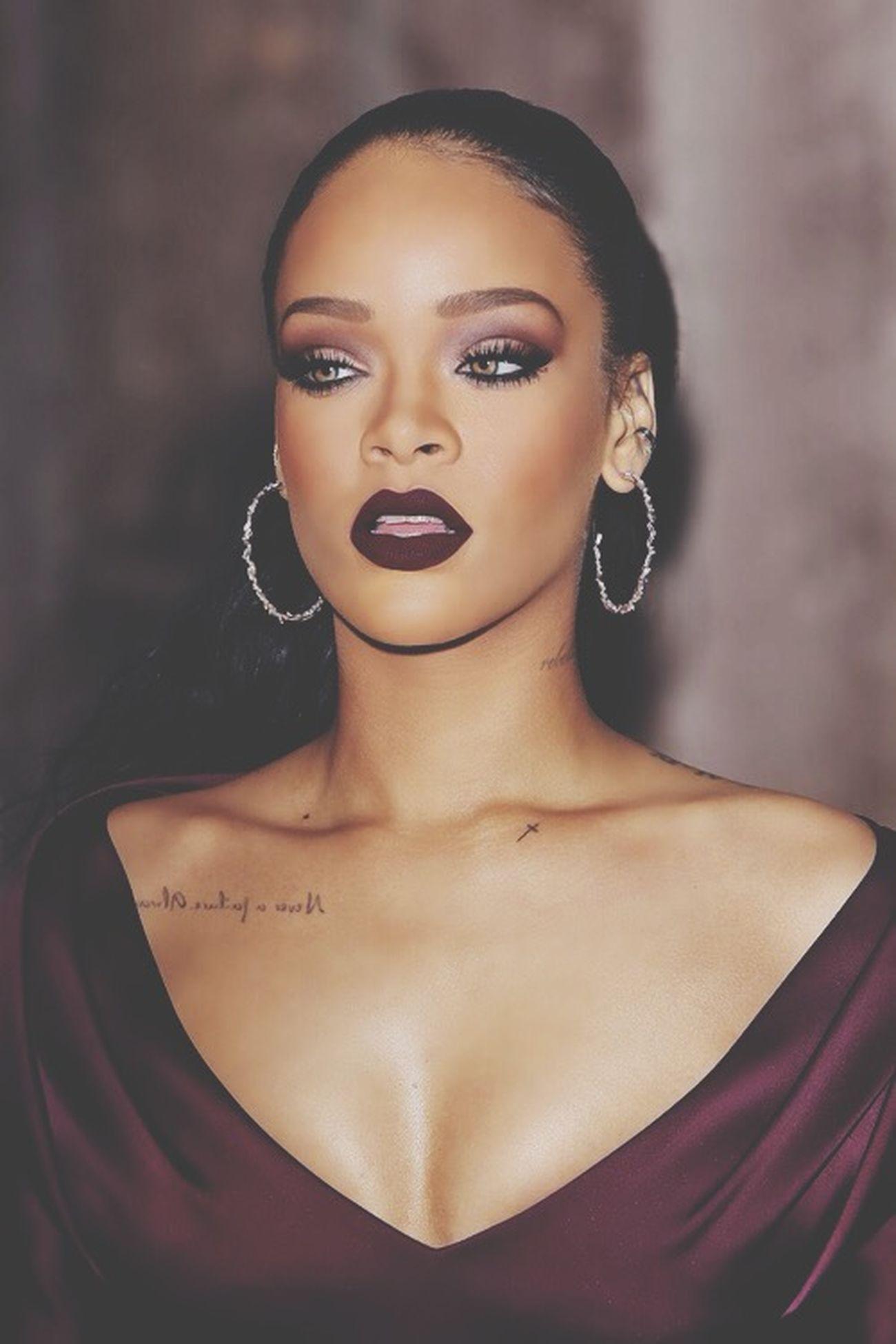 Rihanna Riri God BBHMM Illegal M'ammazzo Tiamo Rihannatiamo