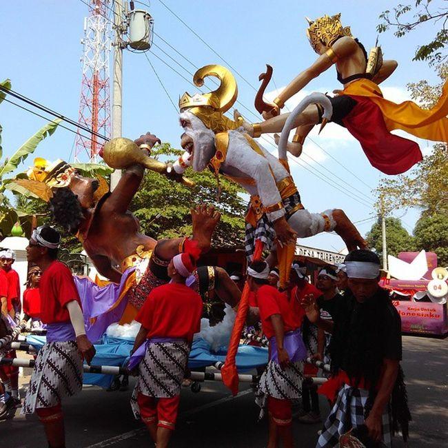 Karnaval td sore 😍😱 Jogjaku Jogjaindah Kamerahpgue Karnaval hanoman hutRI
