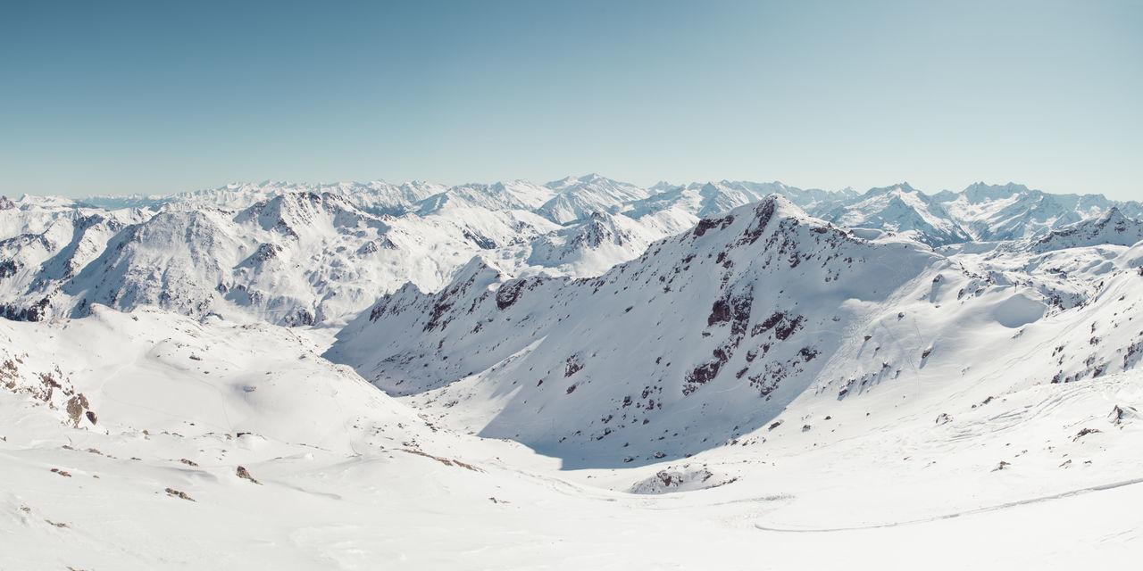 winter panorama at Aleitenspitze in Tirol Aleitenspitze Bamberger Hütte Baumgartgeier Hütte Landscape Morning Sun Mountain Negative Space Schafsiedel Ski Ski Touring Skitour Skitouring Sky And Clouds Snow Sport Touring Tristkopf Winter The Great Outdoors - 2017 EyeEm Awards