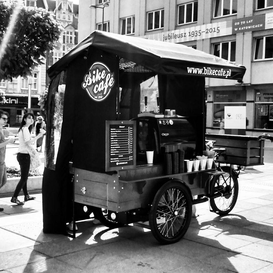 Urban Lifestyle Bikecafe Lovebikes Coffee Industrial Katowice Summertime Bw Blackandwhite