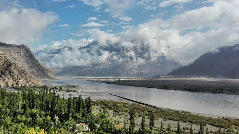 The Indus river coursing its way through Skardu. Skardu Pakistan Mountains And Valleys River First Eyeem Photo EyeEmNewHere