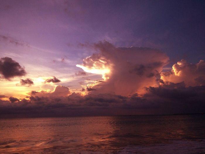 Today the jimbaran sunset Hello World