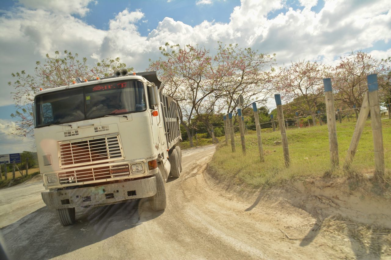 Transportation Sunlight Mode Of Transport Land Vehicle Tree Outdoors Sky No People Day Drivebyphotography