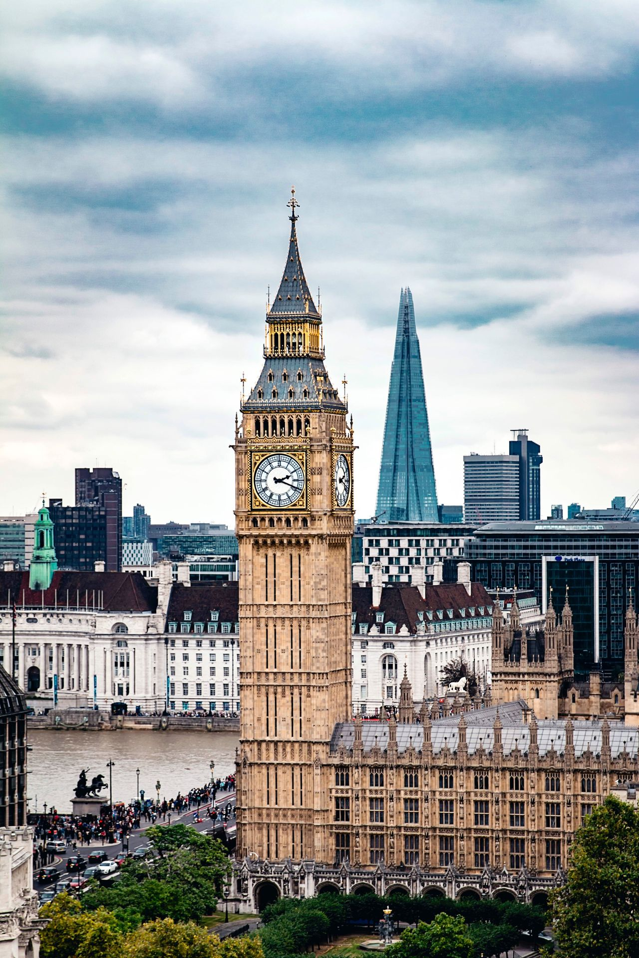 Architecture Sky Cloud - Sky Built Structure Building Exterior Travel Destinations Outdoors Day No People City Low Angle View Clock Tower Cityscape London