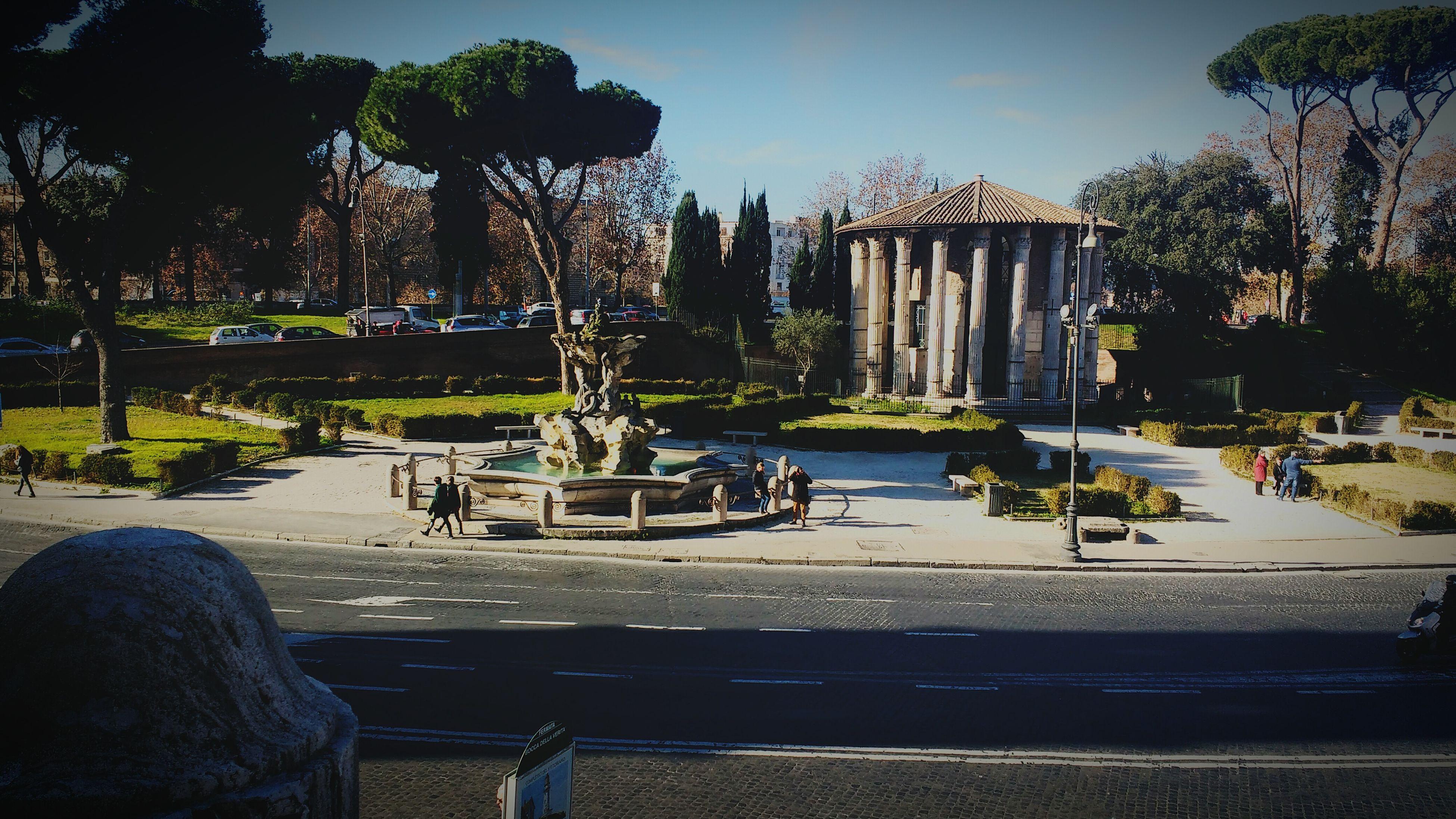 Herculesvictortemple Rome Italy Roma Italia Travel Temple Tempio Piazzadellaboccadellaverità Mouthoftruthsquare Mouthoftruth Fountain Trees