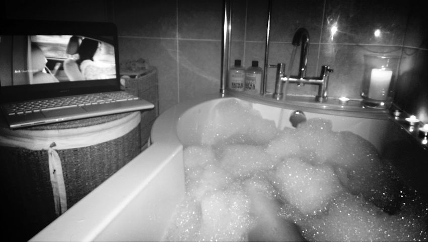 candle lit bath ? Relaxing Candles Bath MOVIE