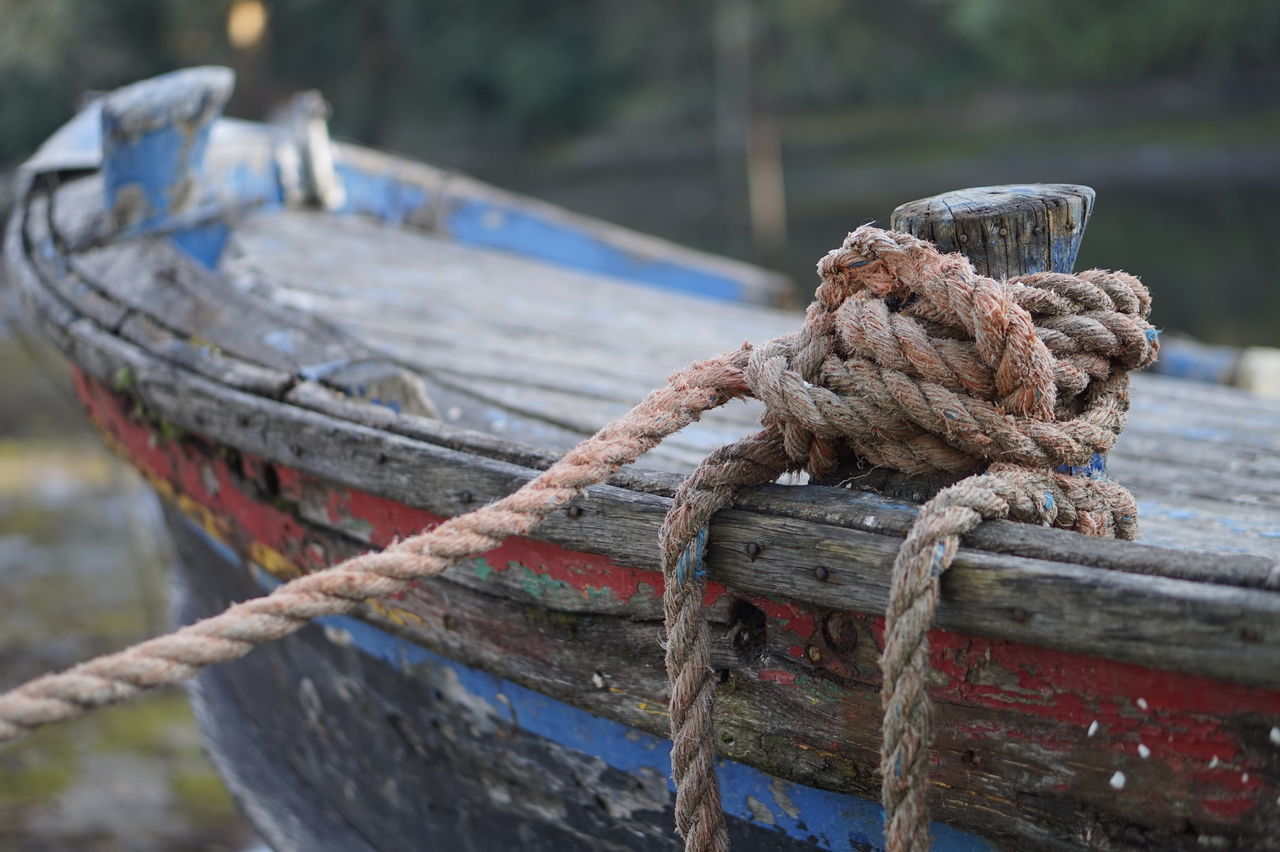Abandoned Boat Close-up Focus On Foreground Knotted Wood Mode Of Transport Nautical Vessel No People Old Boat Rigging Rope Sailing Sailing Ship Sea Strength Tied Knot Yachting