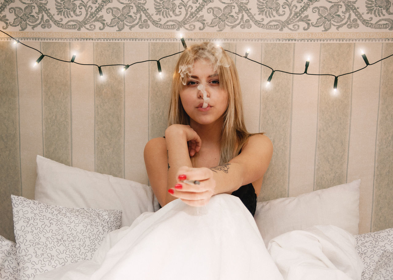 Chili Powder Bed Blonde Cigarette  Female Girl Lights Linas Was Here Model Pillows Smoke Vintage White Woman