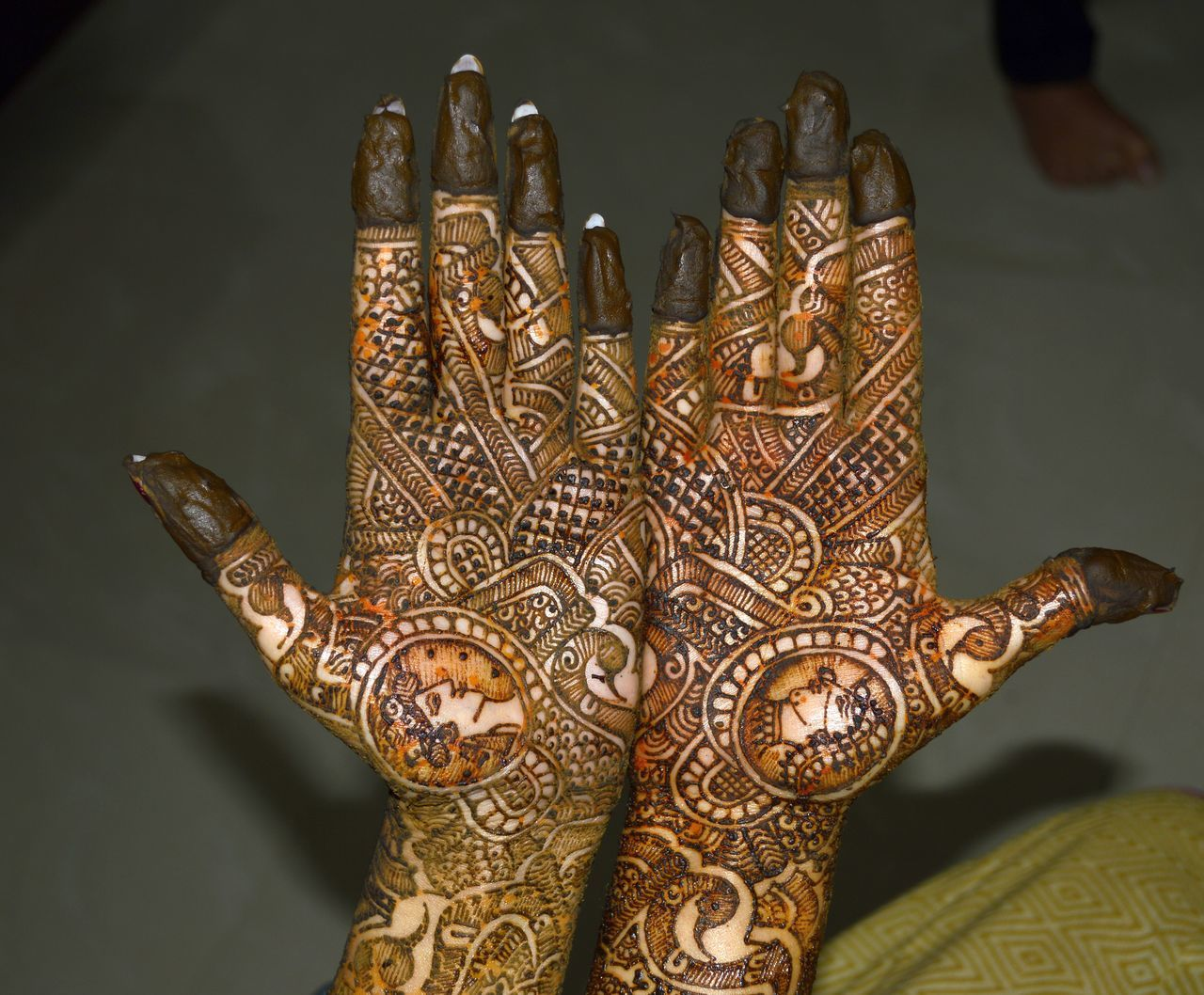 Mehendi art Beauty Design Fingers Hands King Mehendi Art Queen Thumbs