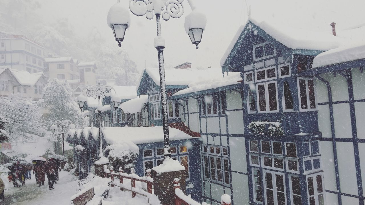 Building Exterior Himachal Pradesh Moto G3 Photography Mobile Photography Himachal Pradesh, India Clarke Hotel Clarke Himachalpradesh Shimla India Oberoi Hotel Shimla, Nature Snow White ShimlaDiaries Snow ❄ Snow Covered Snowfall Shimla Snowing Cold Temperature Winter Snow
