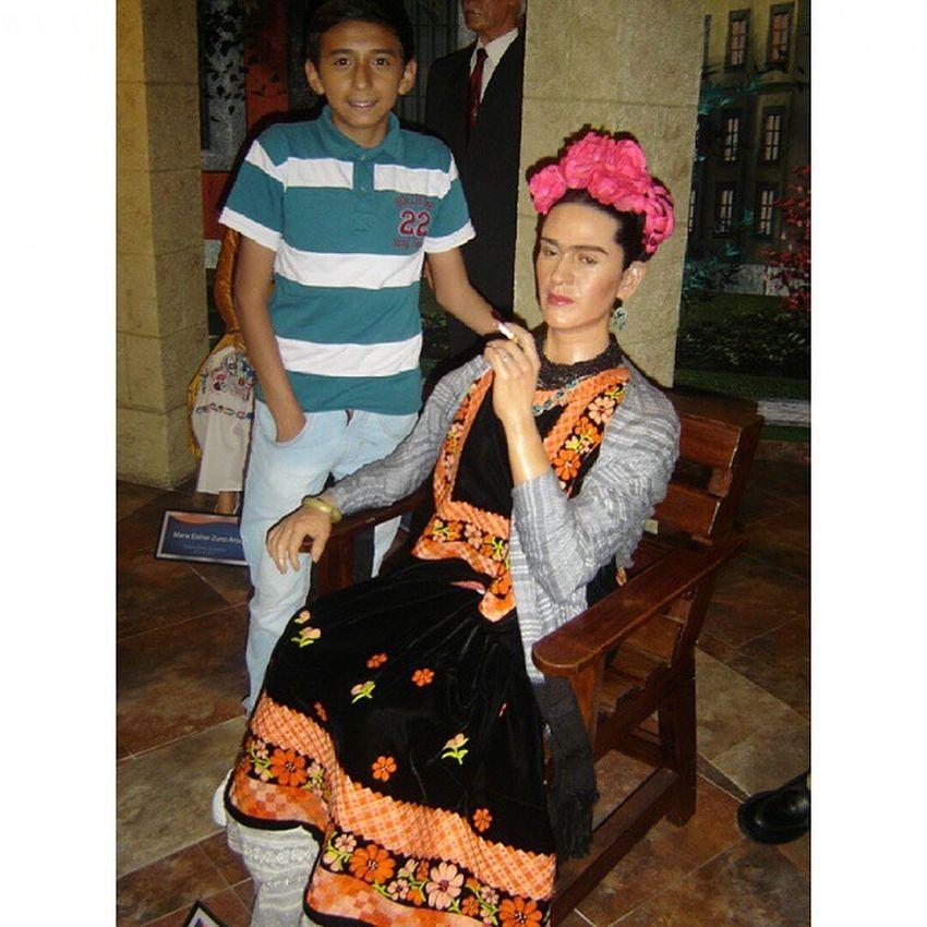 ✌😎😂 Casual Con Frida Kahlo😂😂 Fontstudio Fridakahlo Museodecera Museodeceragdl