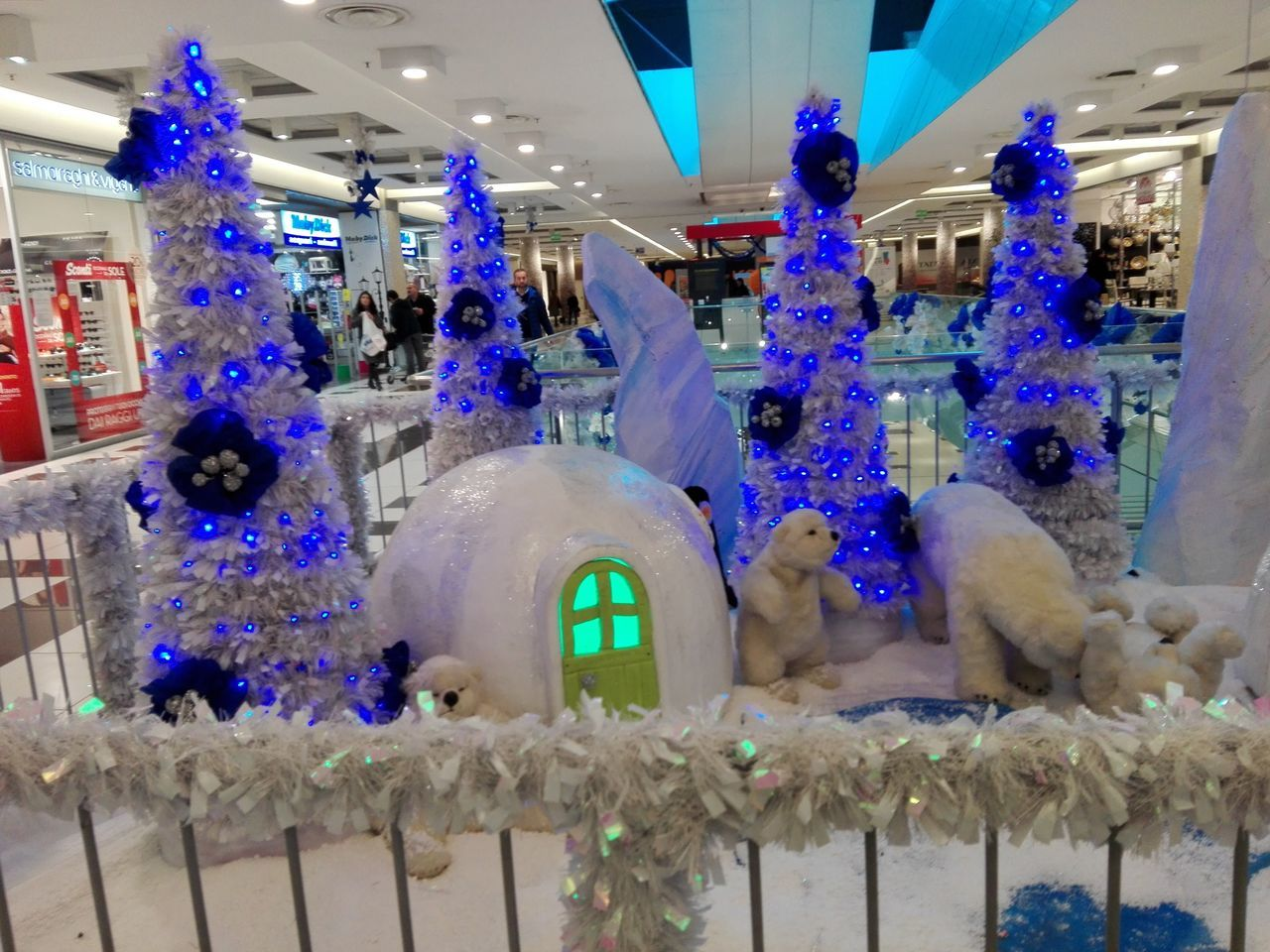 Christmas Blue New Year's Eve Christmas Lights Christmas Decoration Night Christmas Tree Ice Crystal Presepe All'aperto Illuminated Center City Centercommercity Centerpoint Centerville