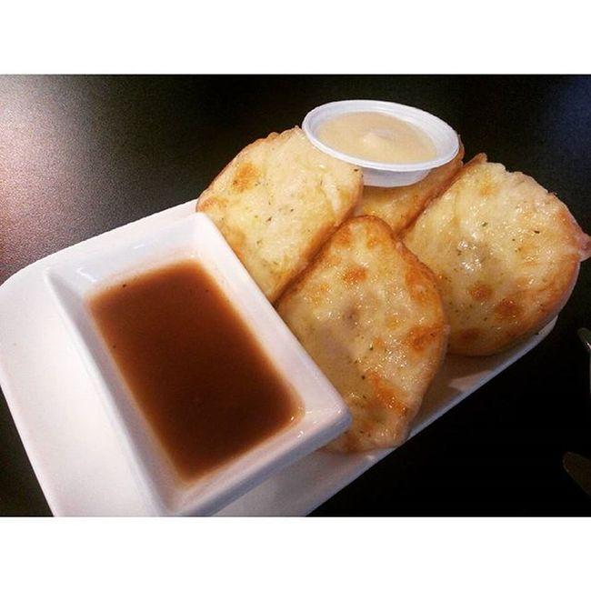 ปังกระเทียมชีททททม รีวิวไทยเเลนด์ Food Reviewthailand Reviewkorat