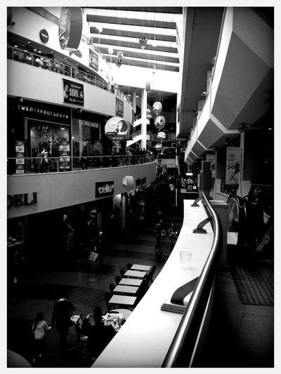 DIzzingof Mall