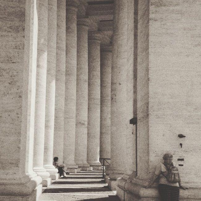 Hide and seek Hanging Out EyeEm Best Shots Archway Pillars