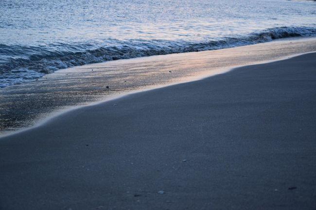 Taking Photos Beachphotography いつもの海 Beachwalk Beach View Beach Time Sunset_collection Nature Photography Sunsetlovers いつもの場所 見えないものを見ようとして望遠鏡をのぞいた。。遠いや😂😭