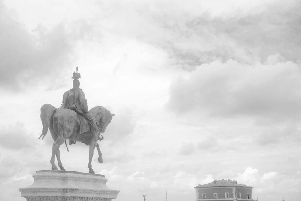 Sculpture Statue Art Art And Craft Creativity Human Representation Travel Destinations Horse Sky Low Angle View Cloud - Sky Tourism Day History Famous Place Outdoors Monument Capital Cities  No People International Landmark