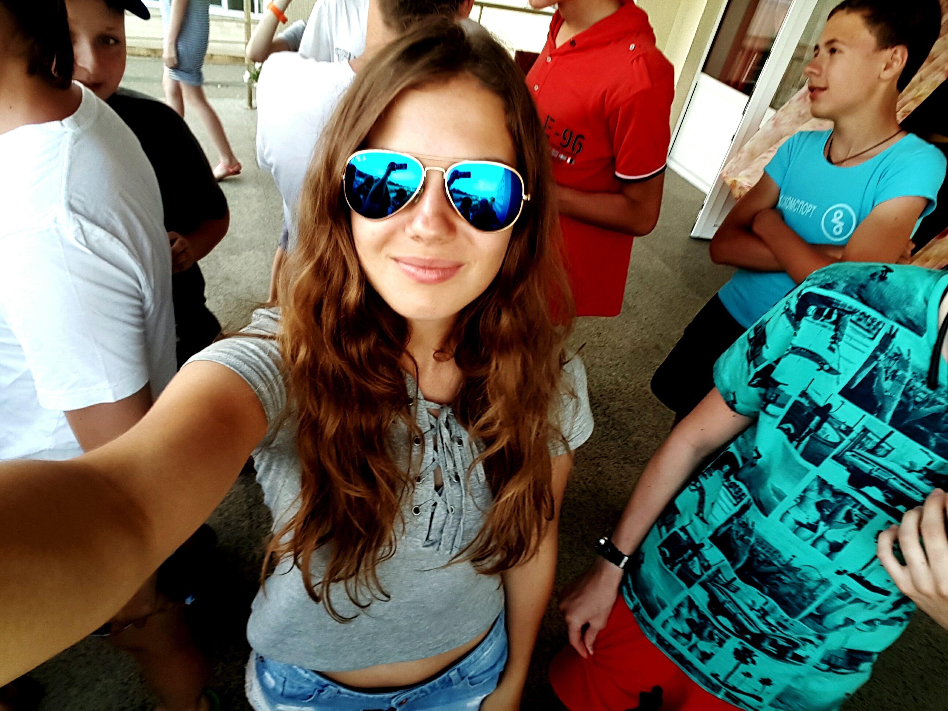 lifestyles, leisure activity, person, togetherness, portrait, casual clothing, friendship, smiling, young adult, front view, looking at camera, happiness, young women, bonding, sunglasses, holding, love