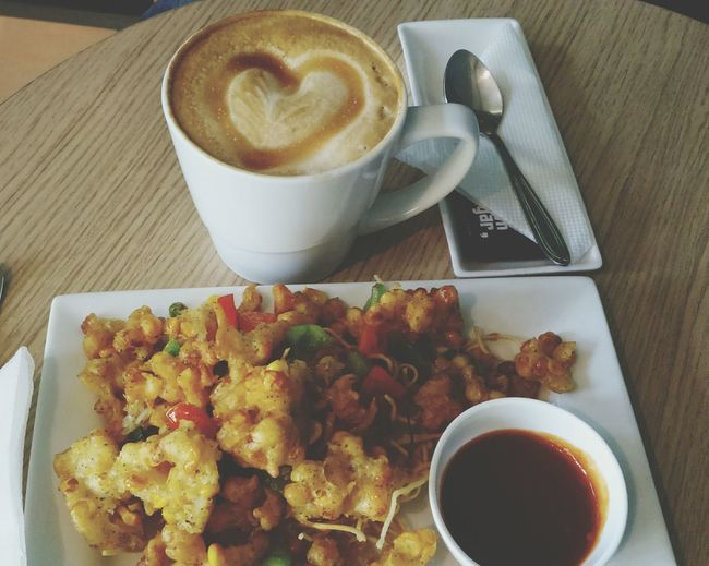 Food Porn Coffee ☕ Delicious Food Sharing Coffee Happy Time Love Coffee Let's Drink!:)^^ With My Bestie <3
