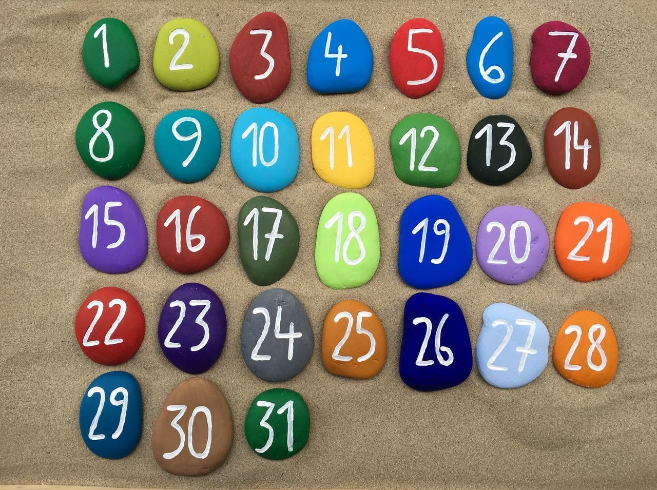 1 to 31 Month Month Days Numbers Set Background Sand Concept ArtWork Craftwork Colors Stones Stone Art Pebbles Yournameonstones Weeks