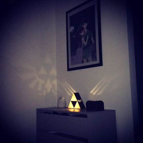 Indoors  Home Interior Game Close-up Darkness And Light No People Table Thelegendofzelda Nintendo Otaku Fancy Anime Manga Bedroom Day First Eyeem Photo Art Design Pictureoftheday Picture Triforce Cat