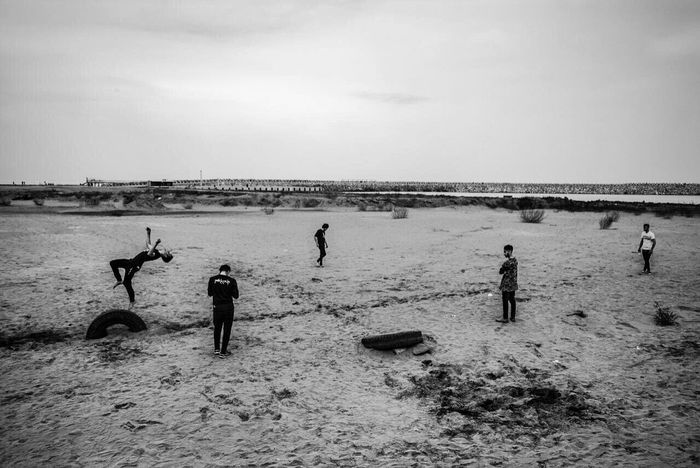 1395 The Week Of Eyeem Everyday People Worldpressphoto Iran Alipix Iranian People LensCulutrePortrait EyeEm Best Shots Anzali Black & White Parkour ©Ali Nazariatjoo The Photojournalist - 2016 EyeEm Awards