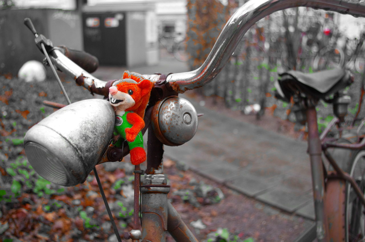 bicycle Bicycle Parking Bicycle Bicycle Seeing Cartoon Style Decoration Application Urbanphotography Urban Love To Take Photos ❤ Wintertime Eyembestshots Abandoned Bicycles Pentax K5ll Close-up