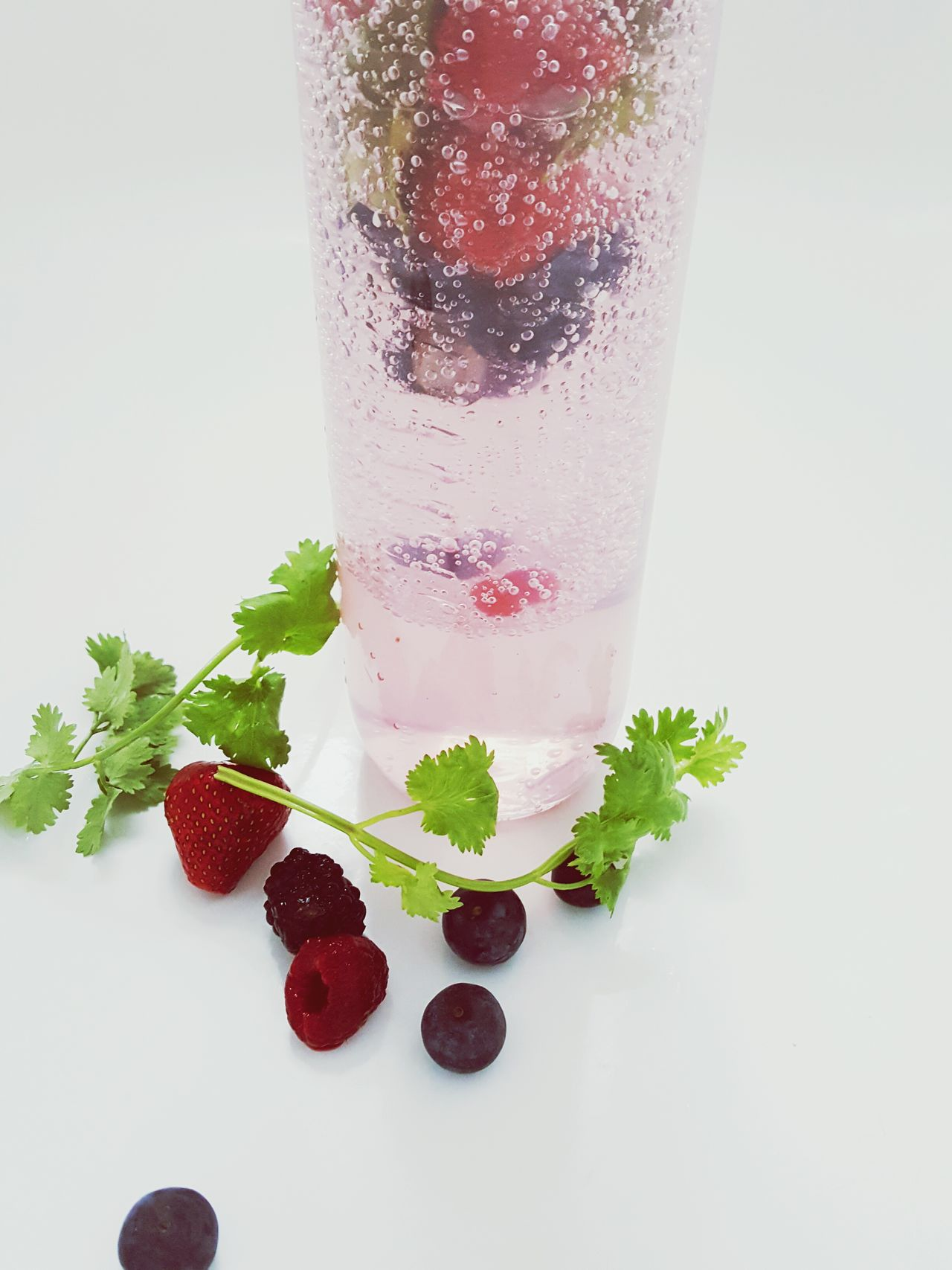 I love to Pimp My Water with Fresh Fruits Coriander Blueberries Strawberries Freshness Water Pimp Pimp Your Water Fresh Cilantro Strawberry Blueberry Huckleberry Bilberry Bilberries Food Foodporn Food Porn Food And Drink Healthy Food Healthy Healthy Lifestyle Healthy Eating Drink