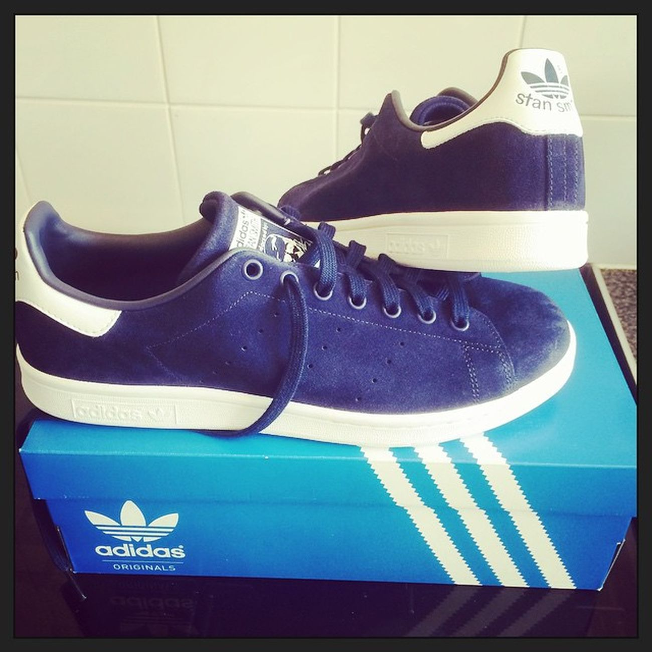 Nice bargain at the Adidas outlet store today £40 blue suede Stan smiths 😊 Adidas Adigod Adiporn Adidassler Adidasonly_ Adiobsessed AdidasStanSmith Newtrainers