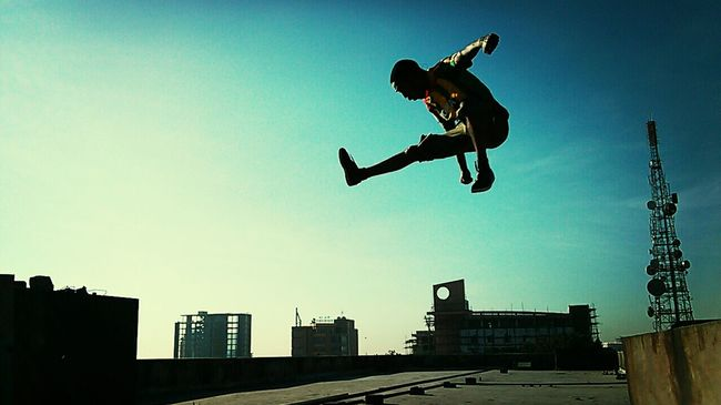 Jump Midair Ontopoftheworld Silhouette Theamazinghumanbody