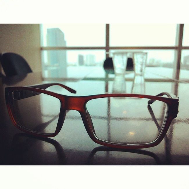 sesaat sebelum meeting Eyeglasses  Menarabankmega Meeting Fricosihaloho Office BankMega InstaMagAndroid