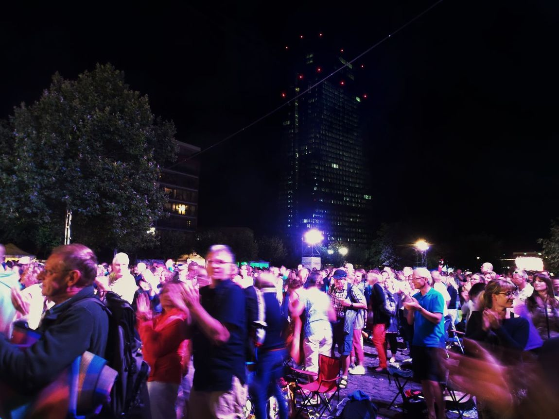 Festival Season Classical Music Open Air Concert EZB Skycraper 20.000 People In The Back Summer In The City People Colour Of Life Urban Life