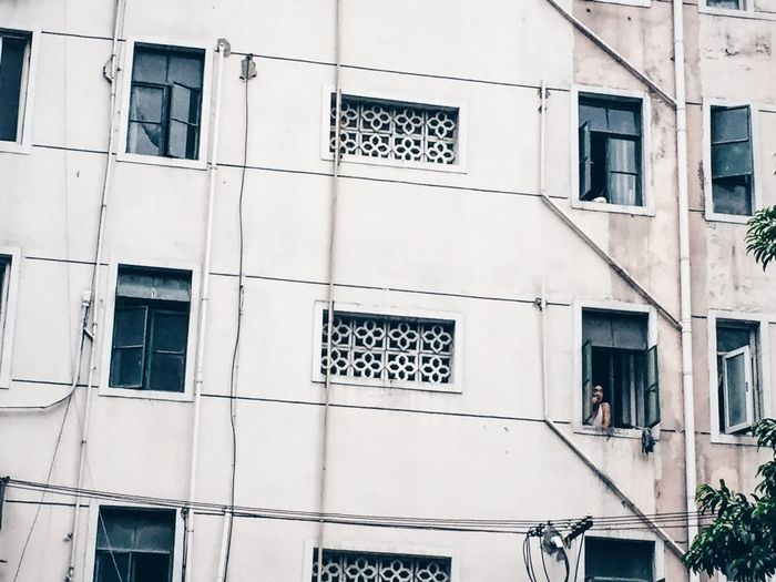 Battle Of The Cities Life in a concrete block Architecture Window Day City Life