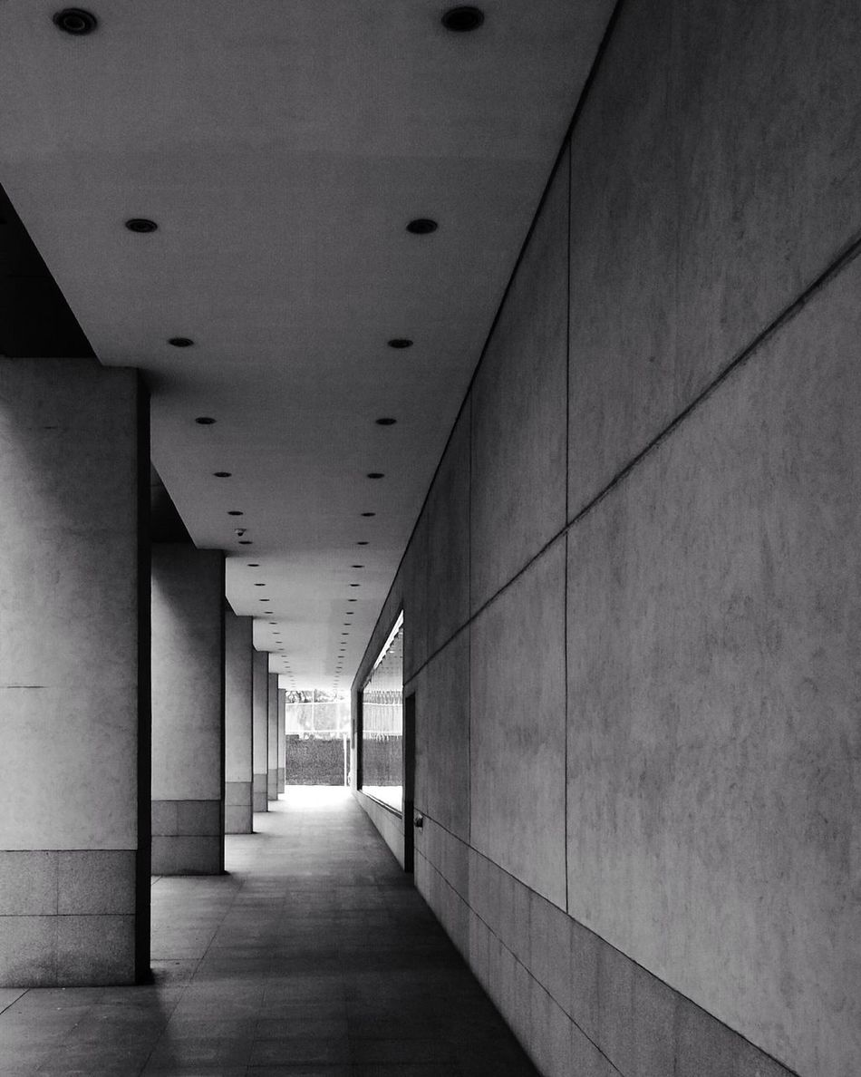 Leading Lines Urban Ayala Makati Bnw Black And White Mobile Photography Light Pivotal Ideas Dramatic Angles TakeoverContrast