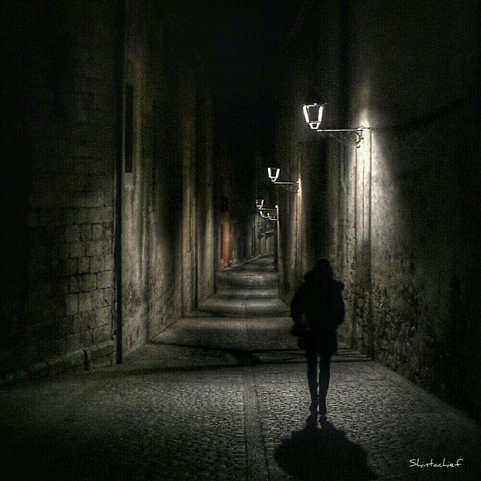 Somosfelices ...paseando entre las sombras. Taking Photos Enjoying Life Streamzoofamily I♡december