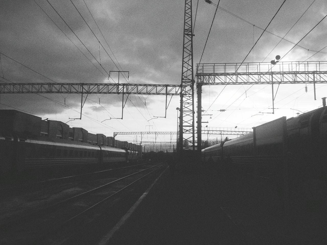 Rzd Blackandwhite Sky Transportation Cloud - Sky Romantic Sky Electricity  Tourism
