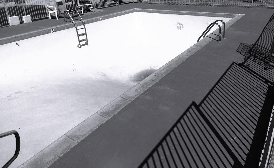 """No Diving"" Pool Poolside Swimming Pool Pool Side Dry Pool Empty Pool Motelpool Blackandwhite Blackandwhite Photography"