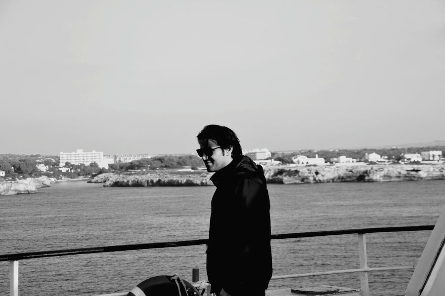 Young Adult One Person One Man Only Water People Adult Men Ship Boat Ferry Boat View From Ferry Boat Blackandwhite Blackandwhite Photography Black And White Photography Black&white Black And White Black & White Blackandwhitephotography Black And White Collection  Black And White Portrait Blackwhite