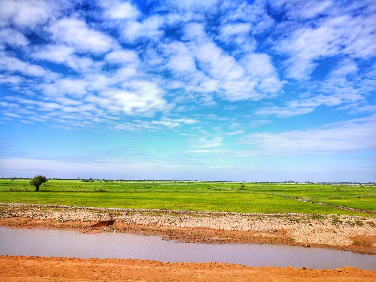 Landscape Sky Rural Scene Agriculture Cloud - Sky Blue Nature Field Scenics Outdoors Beauty In Nature Day No People Water Cenario Eye4photography  Eyeemphotography Travel Photography This Week On Eyeem The Week Of Eyeem The Great Outdoors - 2017 EyeEm Awards
